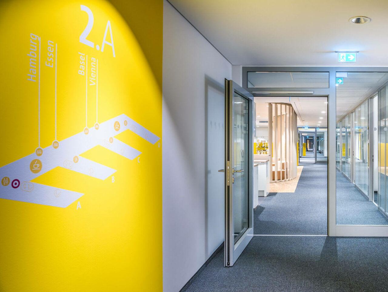 Brenntag House of Elements Essen Bürogebäude Innenarchitektur Flur