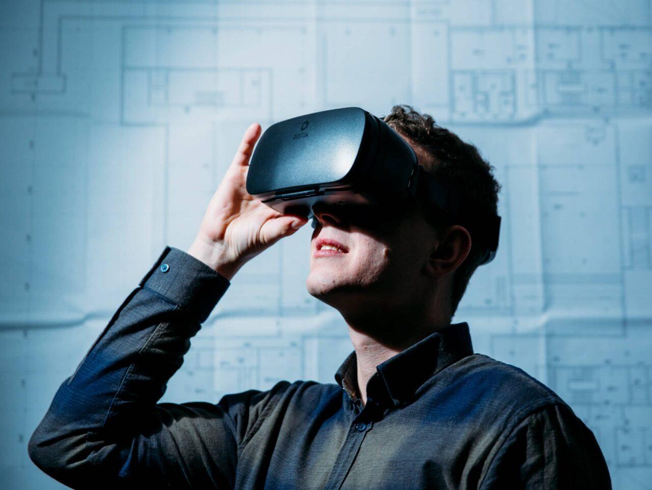 Team Nattler bim VR Brille